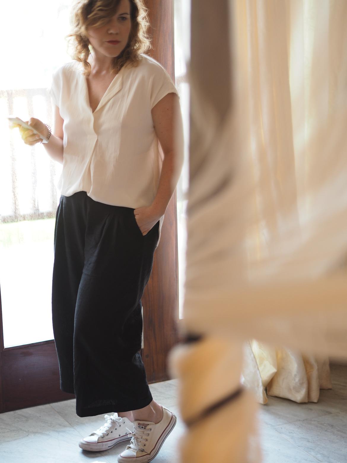pantalón perfecto para viajes de trabajo y placer